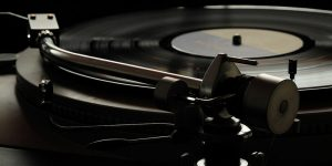 How to Keep Your Turntable Tuned Up – Become a Turntable Wizard