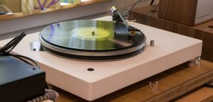 best turntable under 200