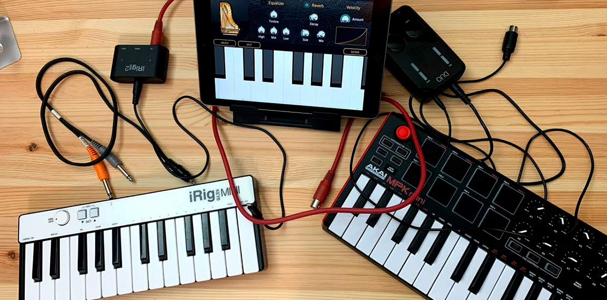 How to Connect a MIDI Keyboard to Another Keyboard